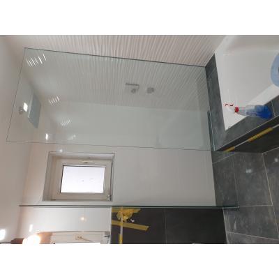 Walk-In Dusche aus ESG 8mm klar