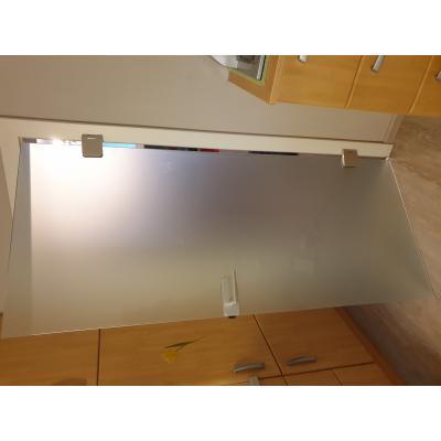 Ganzglastür aus ESG 8mm Satinato mit dorma Beschläge montiert